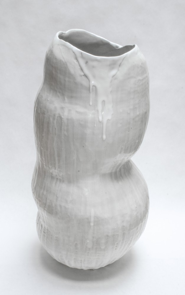 chrysalis-vase-white-3