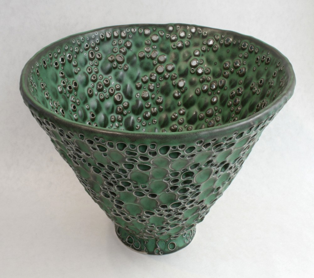 green-hole-bowl