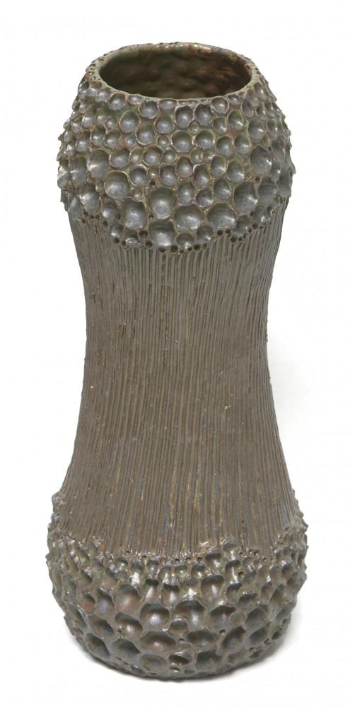 green-hole-vase