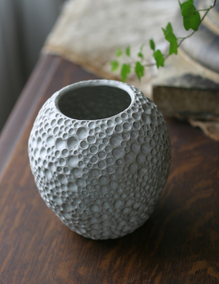 hole-bud-vase-copy